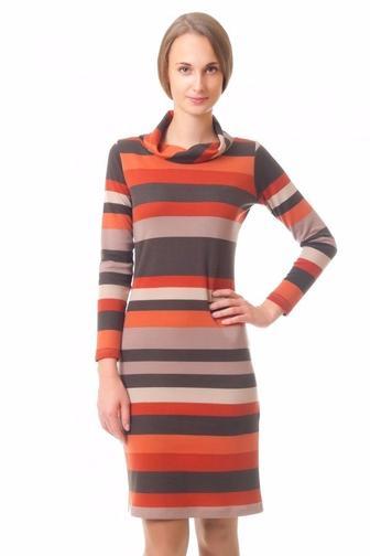 Платье в полоску горизонтальную из трикотажа