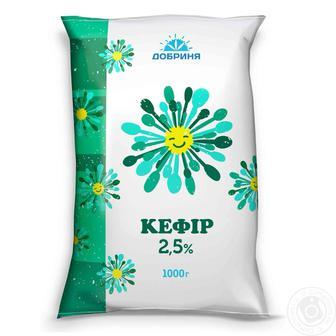 Кефир 2,5%  Добрыня 900 г