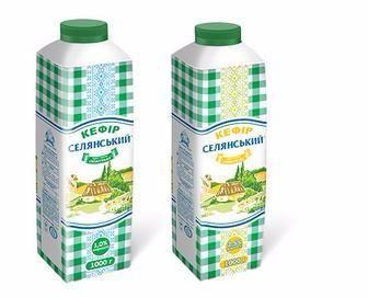 Кефір 2.5% жиру 500г Селянський