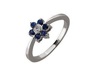 олотое кольцо с бриллиантом и корундами Артикул 01-17499608
