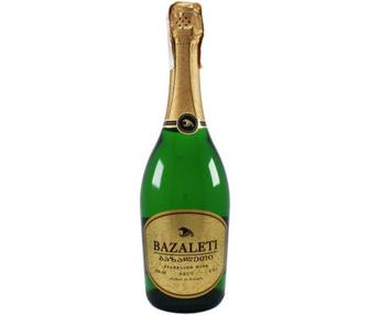Вино игристое Базалети Брют, белое п/сл, 0,75 л
