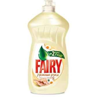 Средство для мытья посуды Fairy Нежные руки Ромашка и Витамин Е 500 мл