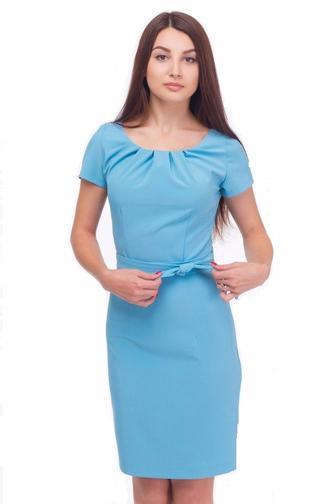 Платье голубое с защипами по горловине