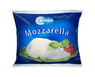 Сир Jager «Моцарела» 45% з коров'ячого молока,125г