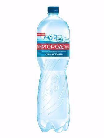 Вода лагідна/сильногазована Миргородська 1,5л